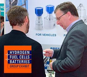 Steve Yorke-Robinson from Pressure Tech talking to customers at H2FC 2018
